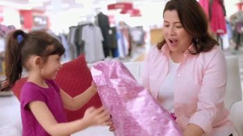TJ Maxx TV Spot, 'Mother's Day: How Well Do Your Kids Know You?' - Thumbnail 7
