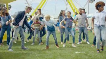 Old Navy TV Spot, 'Jeans para toda familia: 40 por ciento' [Spanish] - Thumbnail 5