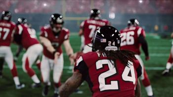 Courtyard TV Spot, 'NFL: Passion'