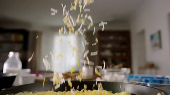 Kraft Expertly Paired Cheddar & Swiss Cheese TV Spot, 'Ordinary Eggs?' - Thumbnail 4