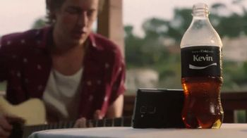 Coca-Cola TV Spot, 'Sharing Is Always Better' - Thumbnail 6