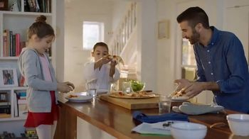 Kraft Expertly Paired Mozzarella & Parmesan Cheese TV Spot, 'So-So Pizza?'