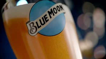 Blue Moon TV Spot, 'Rise Up Bottle SL' [Spanish]