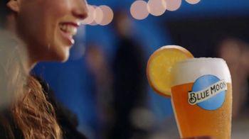 Blue Moon TV Spot, 'Rise Up Bottle SL' [Spanish] - Thumbnail 8