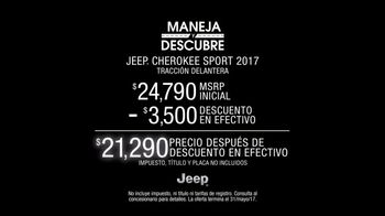 Jeep Maneja y Descubre TV Spot, '2017 Cherokee Sport' canción de Imagine Dragons [Spanish] [T2] - Thumbnail 9
