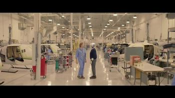 Hewlett Packard Enterprise Hybrid IT TV Spot, 'Helping Michael Say Yes' - Thumbnail 7