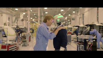 Hewlett Packard Enterprise Hybrid IT TV Spot, 'Helping Michael Say Yes' - Thumbnail 8