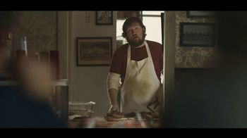 Carl's Jr. Baby Back Rib Burger TV Spot, 'Rib Joint' Feat. Charles Esten - Thumbnail 5