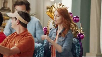 Popeyes $5 Flavor Favorites TV Spot, 'Endless Table' - Thumbnail 3