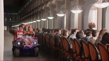 Popeyes $5 Flavor Favorites TV Spot, 'Endless Table' - Thumbnail 6
