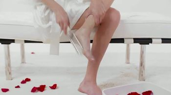 O'Keeffe's Healthy Feet TV Spot, 'Guaranteed Relief for Dry, Cracked Feet' - Thumbnail 2