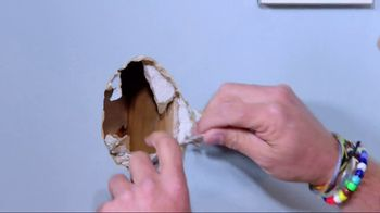 3M Large Hole Wall Repair Kit TV Spot, 'George to the Rescue: Wall Repair' - Thumbnail 4