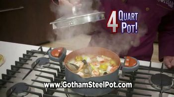 Gotham Steel Pasta Pot TV Spot, 'Perfect Straining' Featuring Daniel Green - Thumbnail 6