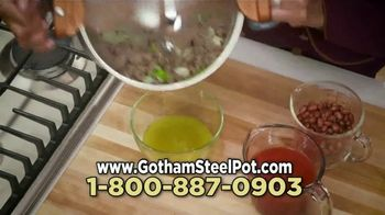 Gotham Steel Pasta Pot TV Spot, 'Perfect Straining' Featuring Daniel Green - Thumbnail 7