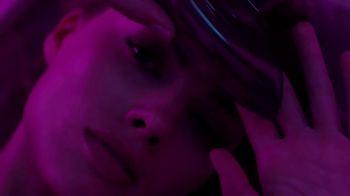 Calvin Klein Deep Euphoria TV Spot, 'In the Zone: Candle' Ft. Margot Robbie - Thumbnail 4