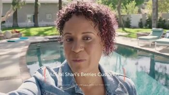Shari's Berries TV Spot, 'What Mom Really Wants' - Thumbnail 2