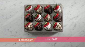 Shari's Berries TV Spot, 'What Mom Really Wants' - Thumbnail 5