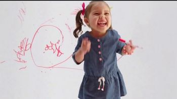 Target TV Spot, 'Target Run: Ojos Everywhere' [Spanish] - Thumbnail 3