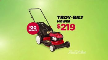 True Value Hardware The Great Outdoors Sale TV Spot, 'For the Yard'