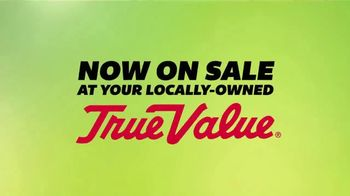 True Value Hardware The Great Outdoors Sale TV Spot, 'For the Yard' - Thumbnail 1