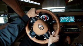 Lexus LC 500 TV Spot, 'Feats of Amazing' [T1] - Thumbnail 3