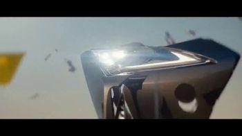 2018 Lexus LC TV Spot, 'Imagination That Turns Ordinary Into Extraordinary' [T1] - Thumbnail 7