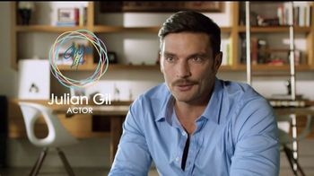 Carson Life Hair Care System TV Spot, 'Pasos' con Julian Gil [Spanish]