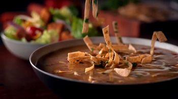 Outback Steakhouse Aussie 4 Course Meal TV Spot, 'Slot Machine' - Thumbnail 3