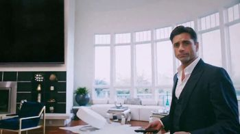 Spectrum TV Spot, 'Be Spectacular' Featuring John Stamos - Thumbnail 3