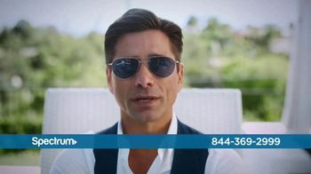 Spectrum TV Spot, 'Be Spectacular' Featuring John Stamos - Thumbnail 7
