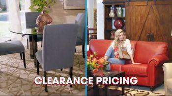 Rooms to Go Spring Clearance Sale TV Spot, 'Mark Your Calendar' - Thumbnail 5