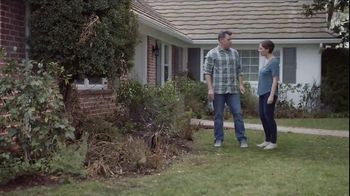 Lowe's Refresh Your Outdoors Event TV Spot, 'The Moment: Annuals' - Thumbnail 2