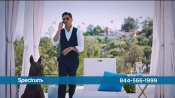 Spectrum Internet and Voice TV Spot, 'Stay Connected' Featuring John Stamos