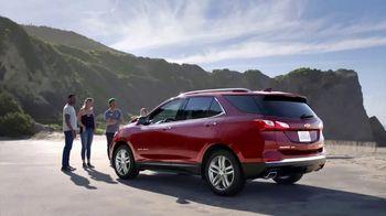 2018 Chevrolet Equinox TV Spot, 'Everybody, Everywhere' [T1] - Thumbnail 9