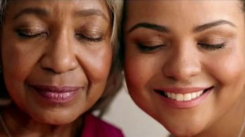 JCPenney Love Mom Sale TV Spot, 'Save on Mother's Day Gifts' - Thumbnail 1