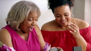JCPenney Love Mom Sale TV Spot, 'Save on Mother's Day Gifts' - Thumbnail 4