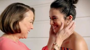 JCPenney Love Mom Sale TV Spot, 'Save on Mother's Day Gifts' - Thumbnail 5