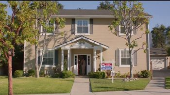 RE/MAX TV Spot, 'A RE/MAX Agent Knows' [Spanish] - Thumbnail 3