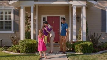 RE/MAX TV Spot, 'A RE/MAX Agent Knows' [Spanish] - Thumbnail 8