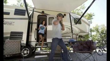 Camping World GrillFest TV Spot, 'Connect: 2017 Mallard M27' - Thumbnail 1