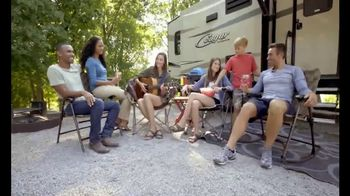 Camping World GrillFest TV Spot, 'Connect: 2017 Mallard M27' - Thumbnail 3