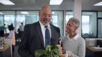 New York Life TV Spot, 'The Praises of Annuities' Featuring Lou Bega - Thumbnail 2