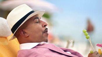 New York Life TV Spot, 'The Praises of Annuities' Featuring Lou Bega - Thumbnail 8