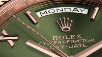 Rolex Day-Date 40 TV Spot, 'Everose Gold' - Thumbnail 3