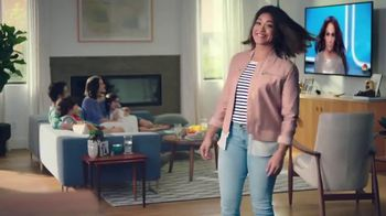 AT&T Unlimited Plus TV Spot, 'La piloto' con Gina Rodriguez [Spanish] - Thumbnail 2