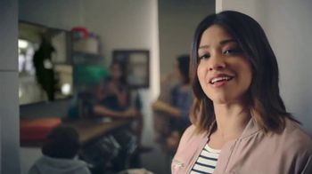 AT&T Unlimited Plus TV Spot, 'La piloto' con Gina Rodriguez [Spanish] - Thumbnail 4