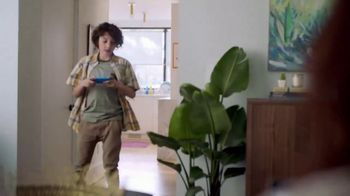 XFINITY Internet TV Spot, 'Our House: Speed Upgrade' Song by Flo Rida - Thumbnail 2
