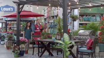 Lowe's Refresh Your Outdoors Event TV Spot, 'The Moment: Garden Treasures' - Thumbnail 3