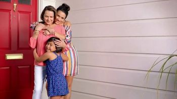 JCPenney Love Mom Sale TV Spot, 'Celebrate Mom: Save When You Spend' - Thumbnail 10