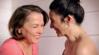 JCPenney Love Mom Sale TV Spot, 'Celebrate Mom: Save When You Spend' - Thumbnail 2